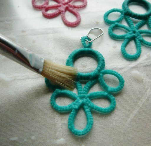 Pitusas & Petetes: Como endurecer una pieza de crochet o frivolité...