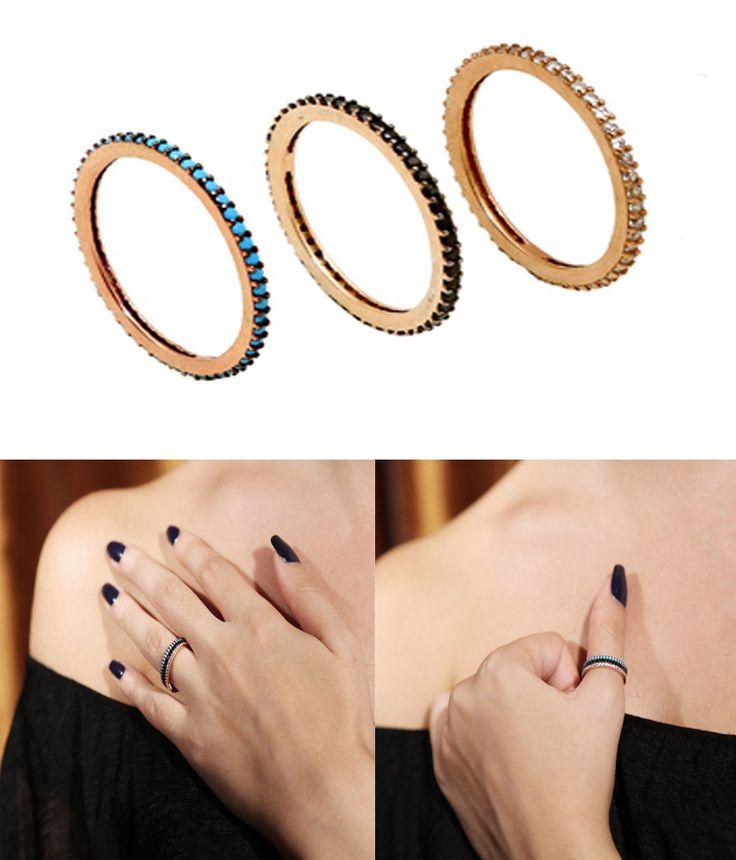 Aσημένια ολόβερα δαχτυλίδια από ροζ επιχρυσωμένο ασήμι 925ο. Ενας υπέροχος συνδυασμός από 3 ολόβερα δαχτυλίδια, ένα με τυρκουάζ, το άλλο με μαύρα ζιργκόν και το τρίτο με λευκά ζιργκόν. Μπορούν να φορεθούν μαζί ή χωριστά σε οποιοδήποτε δάχτυλο -  Full eternity rings with turquoise, black and white cubic zirconia