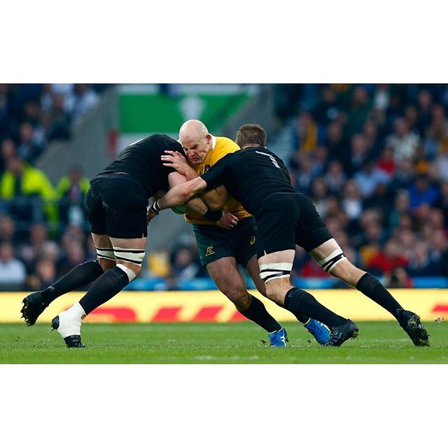 No way through. Stephen Moore is stopped by Kieran Read and Richie McCaw. NZL 3-3 AUS (21 mins gone) #NZLvAUS #RWC2015