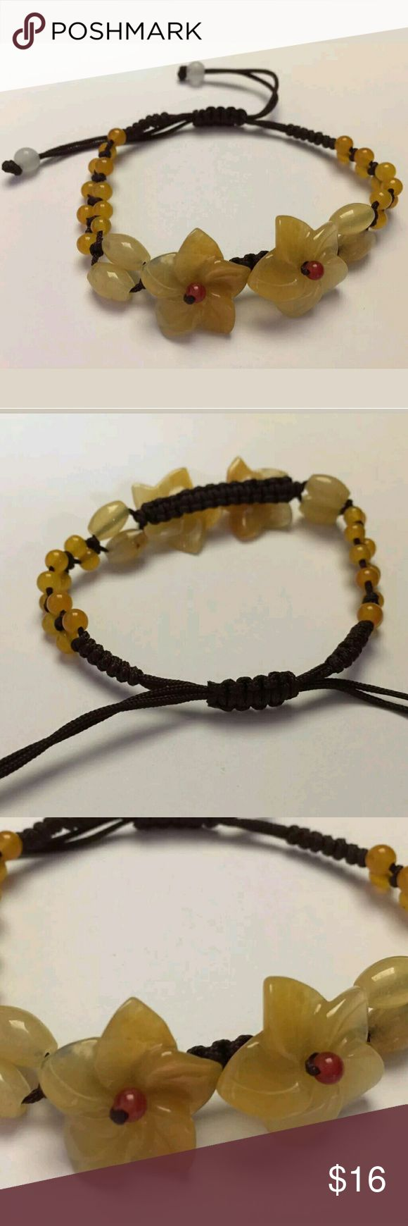 """NWOT Hawaiian Real Shell Hemp Bracelet For your consideration is a NWOT artisan adjustable (6.5""""-9"""") Hawaiian real shell macrame hemp bracelet with a slipknot closure. Shell flowers measure 5/8"""" in diameter. Thank you. Boutique  Jewelry Bracelets"""