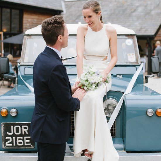 I am just loving this super stylish Counttry wedding, with this stunning Stella McCartney Wedding Dress