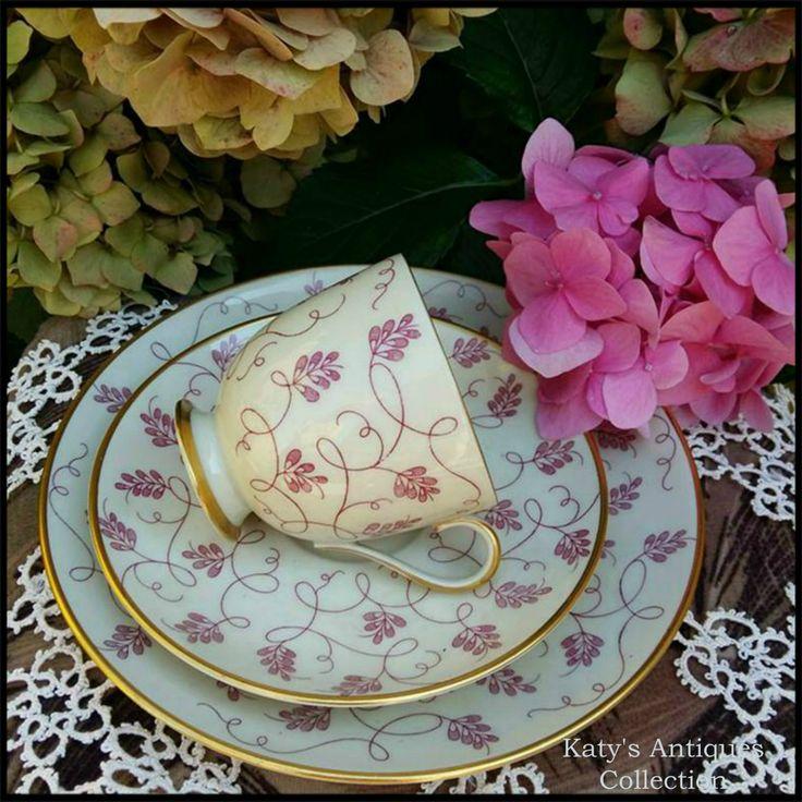 Coffee cup and saucer - Fürstenberg Porcelain, Germany, c. 1918 - 1966.