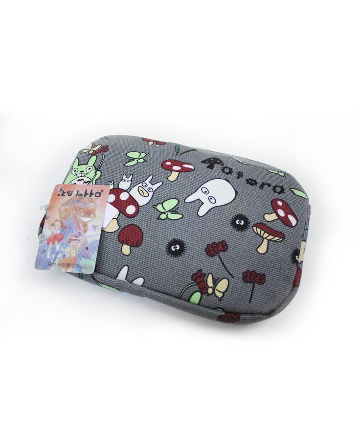 Neceser Totoro Estampado 16€   pikapikashop.com #totoro #myneighbortotoro #kawaii #love #cute #pikapikashop #barcelona