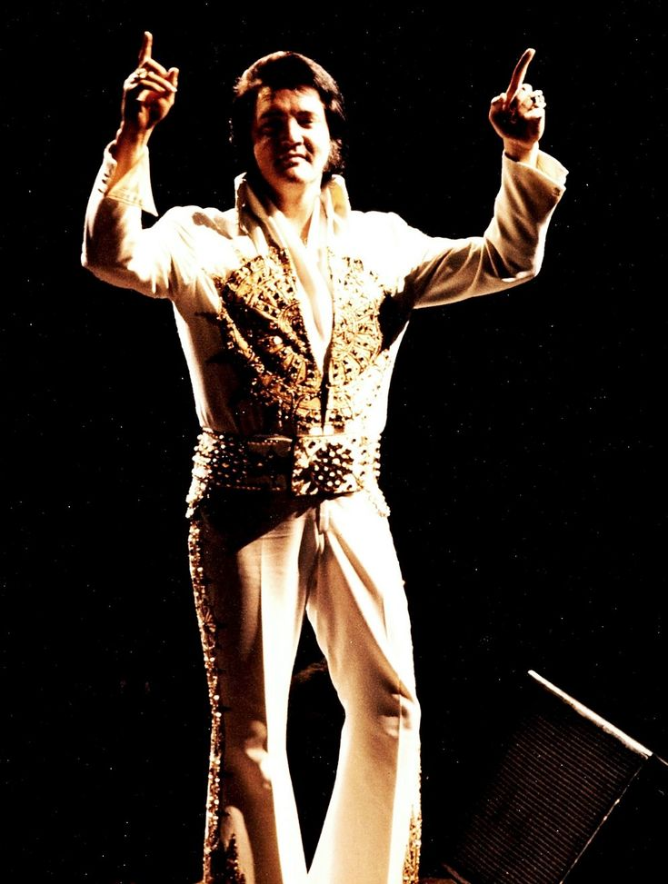 ELVIS' LAST PERFORMANCE, June 26, 1977 Indianapolis.................lbxxx.