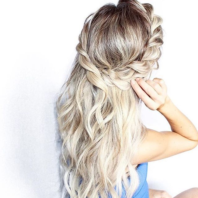 Sunday hair inspiration by the talented @blohaute