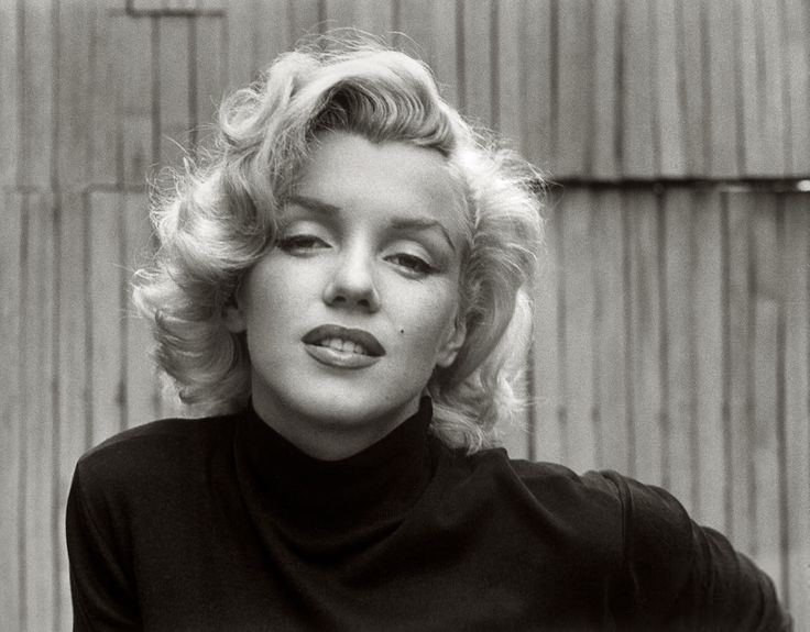 marilyn monroe at home in hollywood 1953 | foto: alfred eisenstaedt