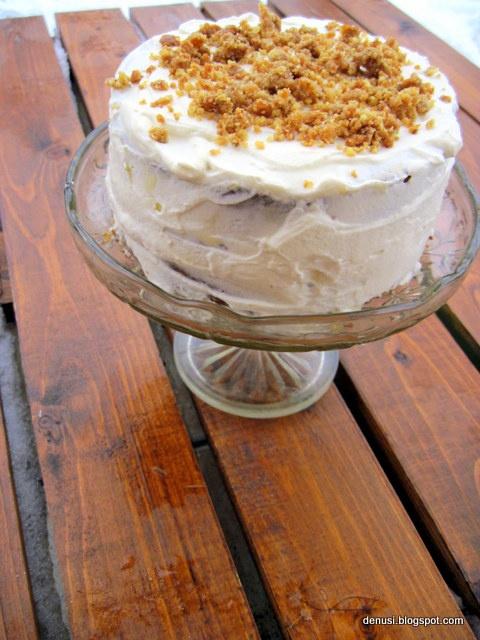 nut vintage cake