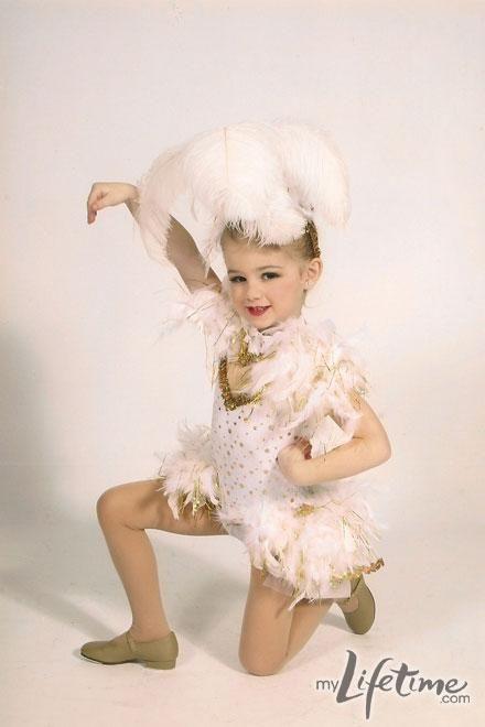 Dance Moms star, Chloe in personal dance photos