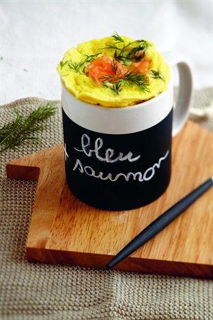 Mug quiche bleu au saumon - Larousse Cuisine