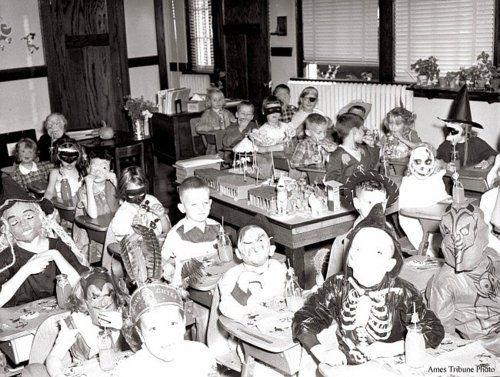 vintage Halloween school classroom party