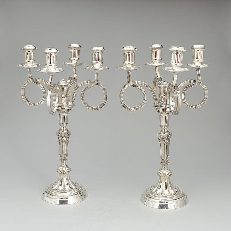 KANDELABRAR, ett par, silver, möjligen Nederländerna, Louis XVI stil, kring sekelskiftet 1900