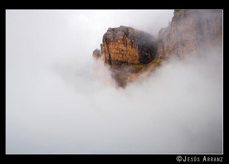 Pico Gallinero en la niebla