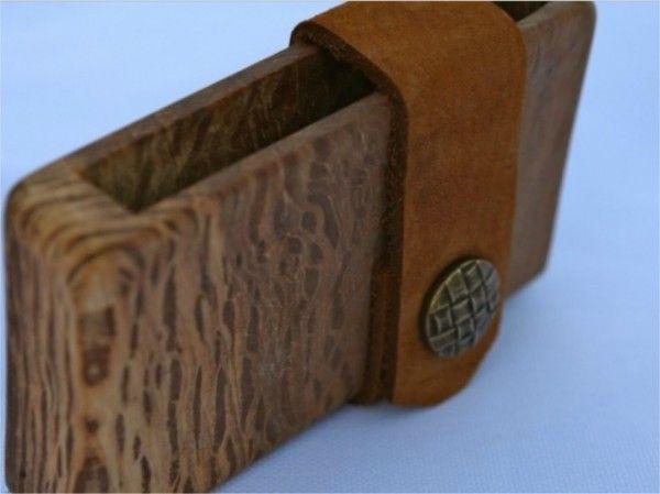 Wooden visiting card holder / credit card holder / wallet of holly oak wood