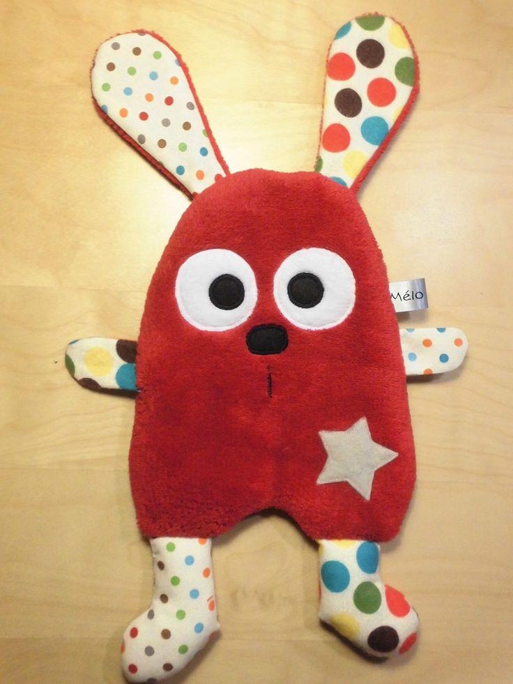 Doudou lapin plat - rouge et écru - fait-main - peluche : Jeux, peluches, doudous par melomelie