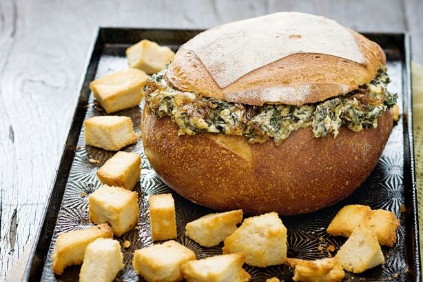 Retro lunch - Spinach and caramelised onion cob loaf
