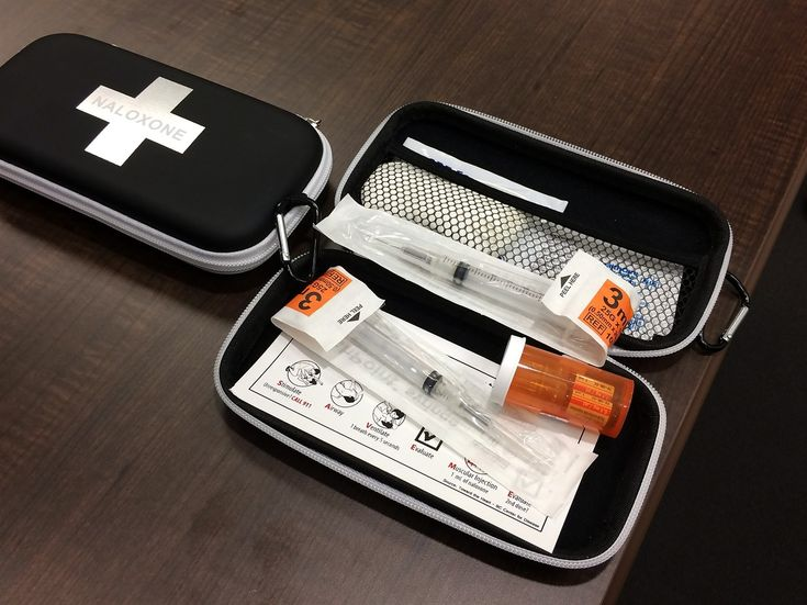 #New Brunswick distributing naloxone kits in wake of 17 opioid-related deaths - CityNews: CityNews New Brunswick distributing naloxone kits…