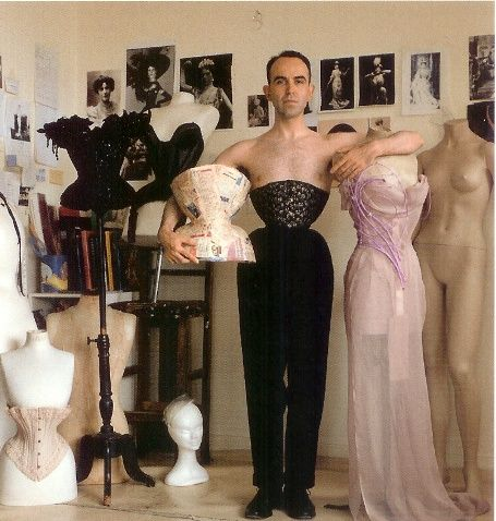 Mr. Pearl in one of his 18″ corsets, (before he started wear corsets he had a 30″ waist) which he have been wearing day and night the last ten years. -Apparently corsets aren't only for women!