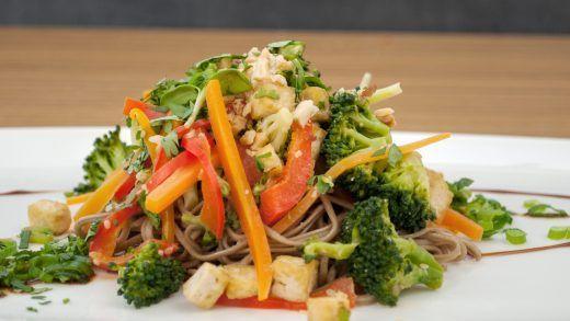 Veggie Soba Noodles with Peanut Dressing