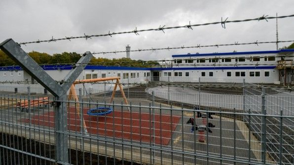 Abschiebung: Die neue Einrichtung am Flughafen wird kaum genutzt – der Betrieb kostet aber pro Jahr 1,2 Millionen Euro.