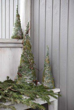Vi gir deg tips til hvordan du kan pynte ute til jul med våre flotte juleprodukter.