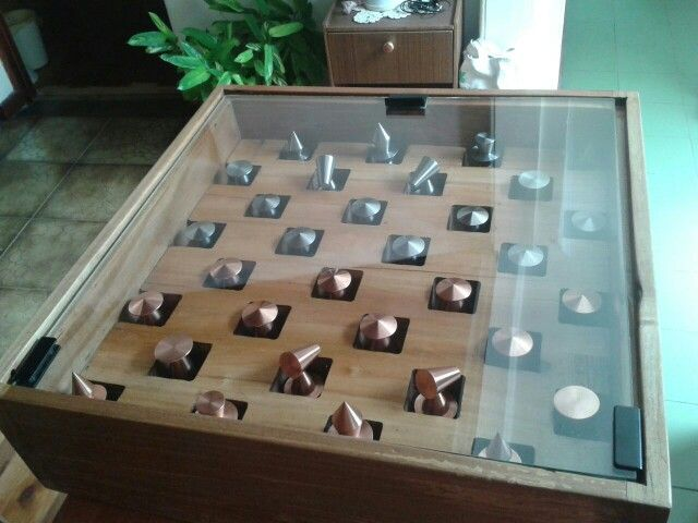 Tablero ajedrez roble // Chess board wood and metals