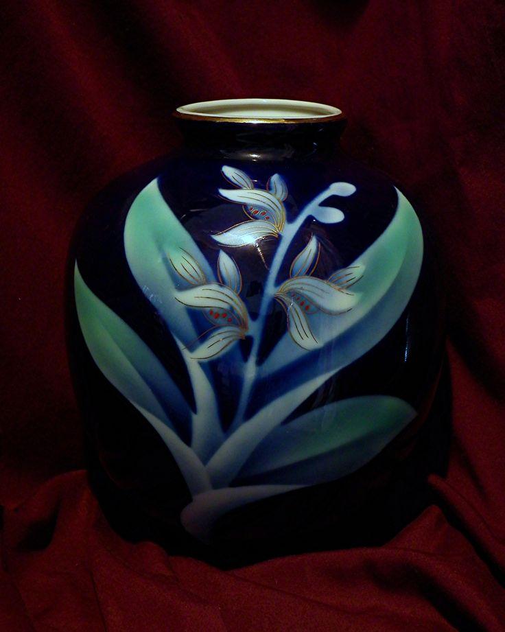 Fukagawa vase. Another op-shop find.