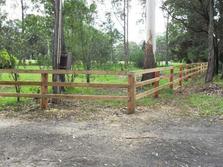 Fencing Services | Shoalhaven | A & R Contracting