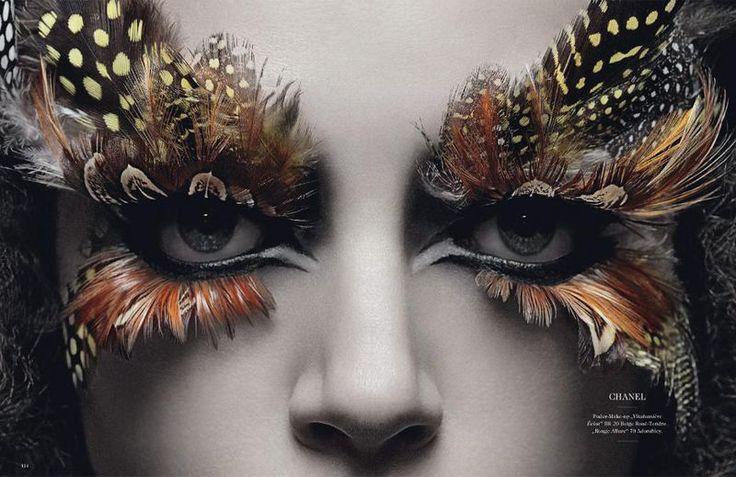 feather eyelashes, so cool