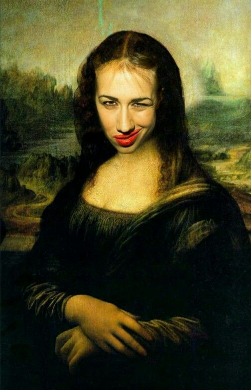 "why is this on ""38 Pictures Of Benedict Cumberbatch Photobombing Things""? this is miranda sings.."