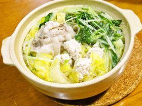 鍋だしは買う必要なし!鶏ガラスープ塩鍋 by 采那ママん [クックパッド] 簡単おいしいみんなのレシピが260万品