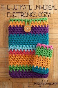 Universal Electronics Cozy / customize for whatever electronic you have / use as a stashbuster / easy / FREE CROCHET pattern