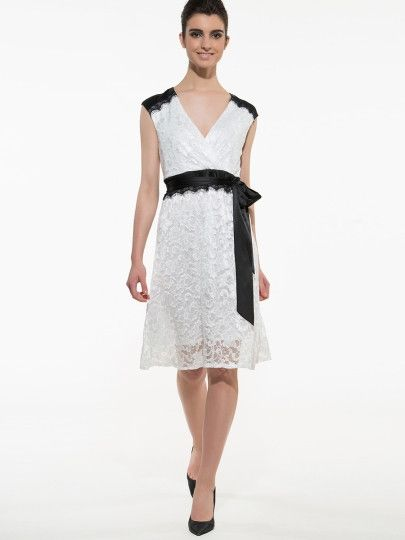 Elegant Lace Sleeveless  Midi Dress