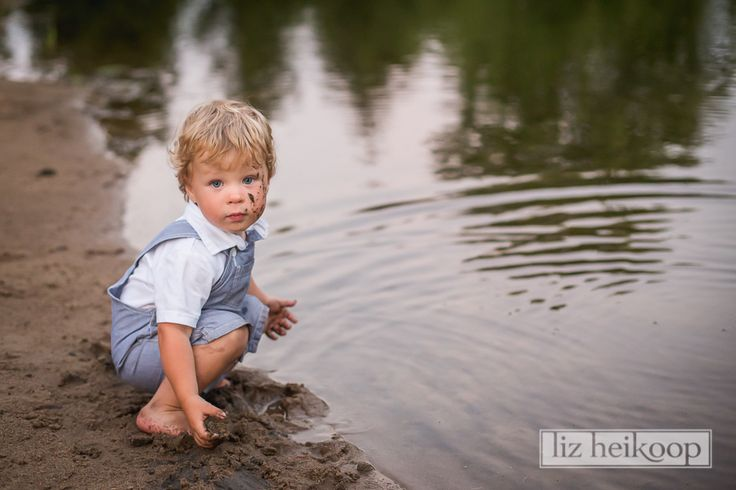 Muddy Little Boy by the Water l Extended Family Session l Liz Heikoop Photography l Brantford, Ontario