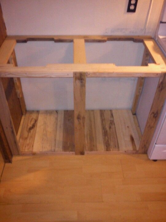 Kitchen cabinet made from a pallet