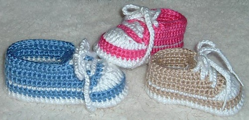 Knitting Pattern For Baby Tennis Shoes : 208 best images about BEBE on Pinterest Crochet baby, Baby crochet patterns...
