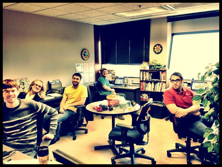 Our project managers moved into a new office this morning (same building). We like the new space!   www.onesocialmedia.com