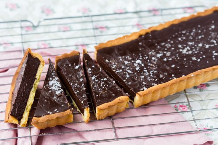 This sea salt chocolate tart is almost forbidden it is that good. The sea salt really complements the taste of the chocolate and deepens its flavour.