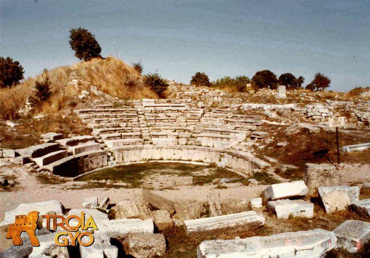 Truva veya Troya (Hititçe: Vilusa ya da Truvisa, Yunanca: Τροία [Troia] veya Ίλιον [İlion], Latince: Troia veya Ilium) Kaz Dağı(Antik İda Dağı) eteklerinde, Çanakkale il sınırları içinde yer alan tarihî kent. Kuruşu MÖ 3000'lere dayanmaktadır.