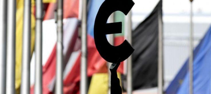 Európska komisia chce mať do roku 2025 euro v 27 krajinách EÚ