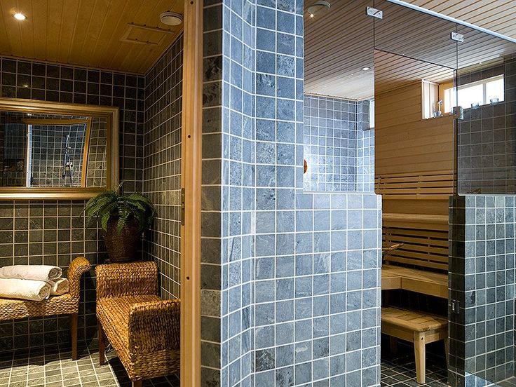 Rauhalan kylpyhuone