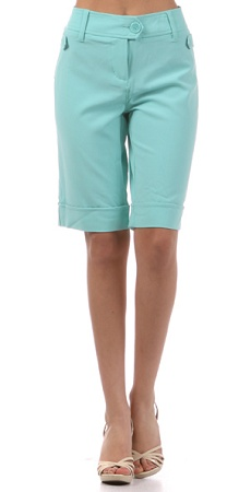 I love finding modest shorts in trendy colors. Why are there not more?