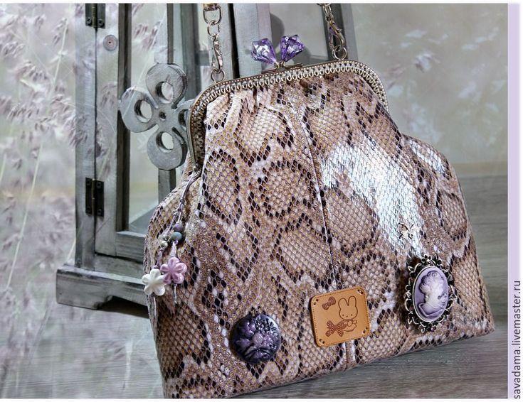 Купить Камея &..лилОвый расцвет) сумка сиреневый бежевый питон купить подарок
