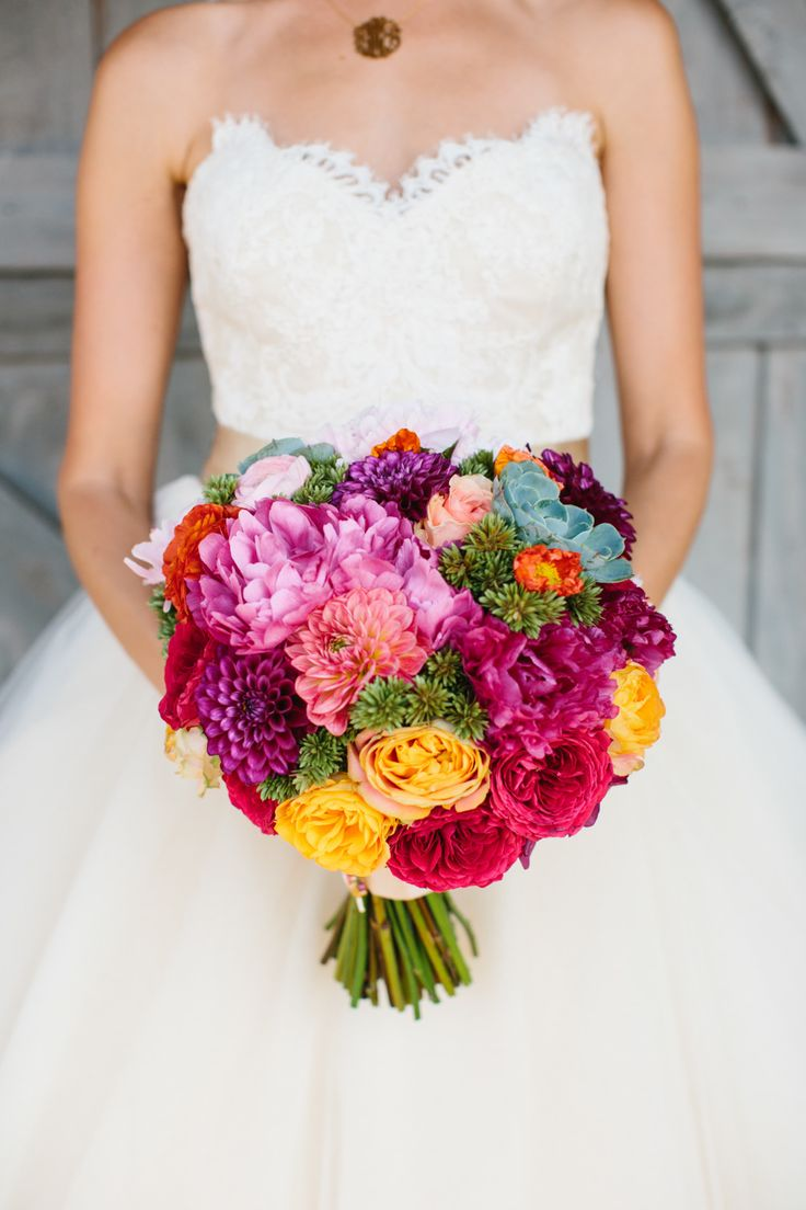Bright, bold and beautiful summer bouquet. | Style Me Pretty
