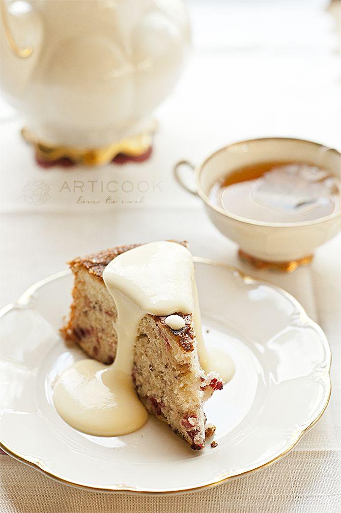 Tea Cake with Berries