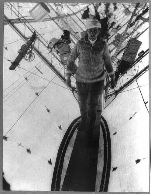 Umberto Nobile walking through the keel of the Italia Airship. Airship Italia was a semi-rigid airship used by Italian engineer Umberto Nobile in his second series of flights around the North Pole. It crashed in 1928, with one confirmed fatality from the crash, one fatality from exposure while awaiting rescue, and the disappearance (and presumed death) of six crew members who were trapped in the still-airborne envelope.  www.airshipcenter.com
