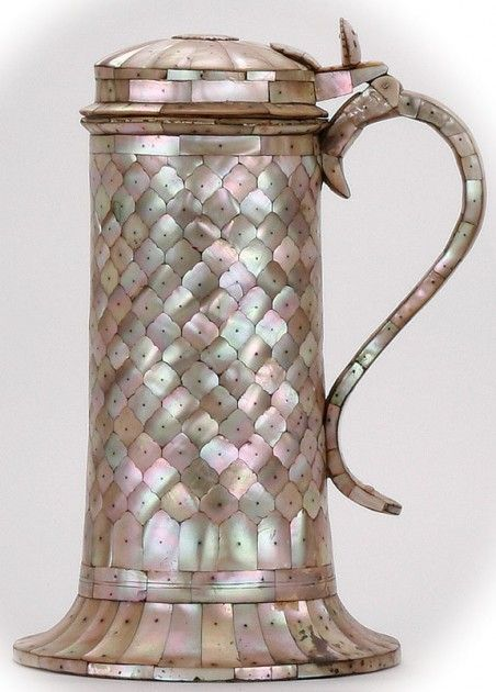 tankard, 2.0L, Mother of pearl beer steins / – The example shown, 12.2 inches tall, was supposedly made in the 1600's