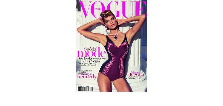 Un numéro spécial mode avec les 66 looks essentiels du printemps-été 2012, shootés à Las Vegas, en kiosque le 20 janvier.