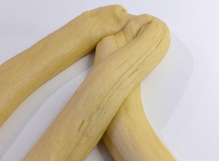 Tsoureki recipe (Traditional Greek Easter bread)-prep7