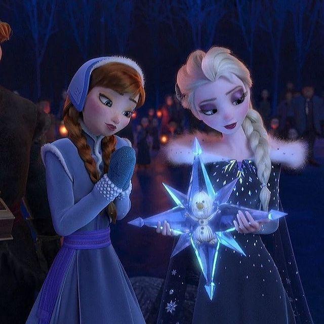 Elsa S Gurl Sofea Sur Instagram Do You Prefer Unicorns Or Dragons Elsa Jackfrost J Disney Princess Elsa Frozen Disney Movie Disney Frozen