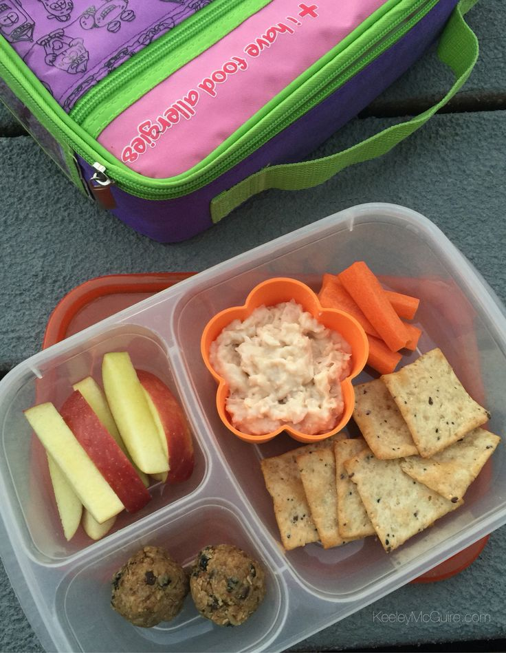 30 Super Healthy Lunch Box Snacks. If I could encourage parents to do one thing, it would be to take a little time to make some real food snacks for their children's lunch boxes.